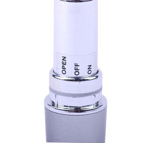 Labial vibrador en color plata